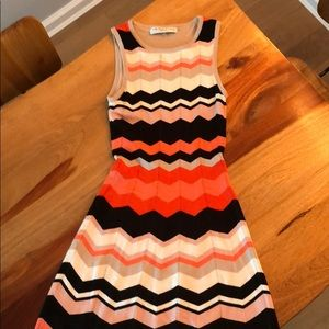Trina Turk Mod Size P Dress